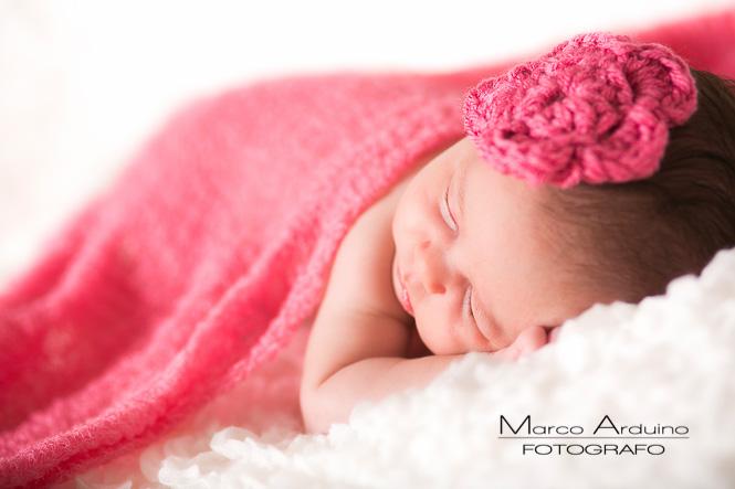 servizio fotografo per bambini e neonati Biella