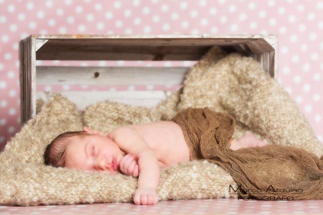 newborn servizio fotografico di bambini e neonati e mamme in gravidanza